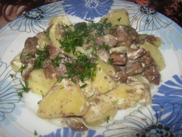тушеная картошка с куриной печенью в духовке