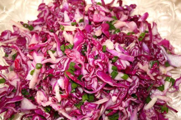 салаты из краснокочанной капусты рецепты быстро