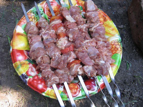 Шашлык маринованный в помидорах - Рецепты с фото