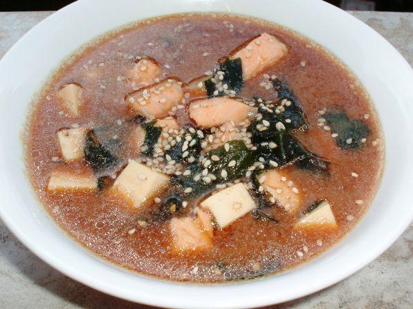 Фото: Мисо суп с лососем