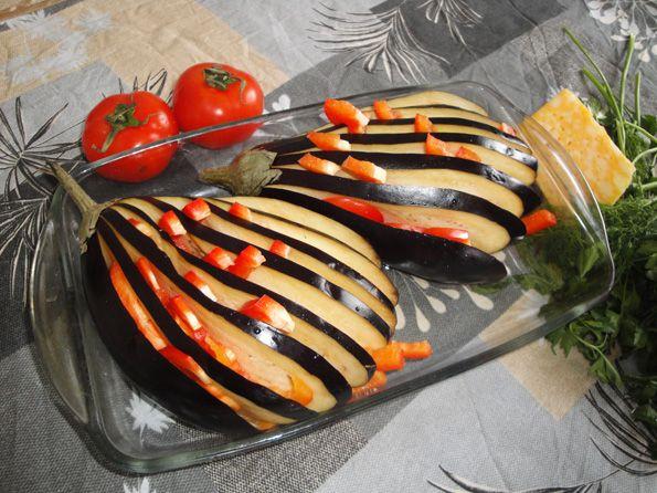 Баклажаны веером запеченные с помидорами и сыром рецепт
