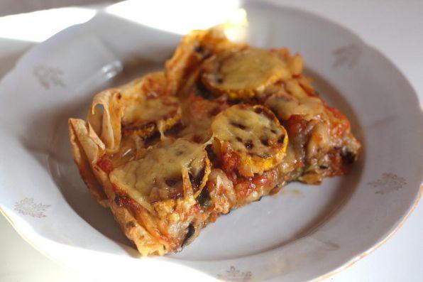 Фото: Простой пирог из баклажанов.